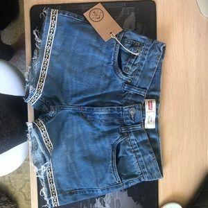 NWT Levi's Crop Shorts